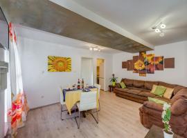 Foto di Hotel: Apartment beach&park Marjan