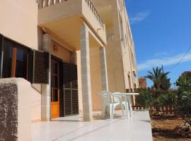 Hotel photo: economy two-bedroom apartment - ground floor