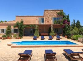 Hotel Photo: Cala Figuera Villa Sleeps 10 Pool Air Con WiFi