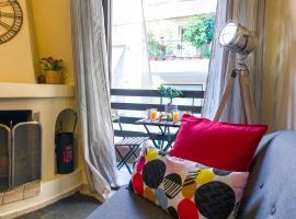 Hotel Foto: Elegant Cozy Apartment 17' to City Center