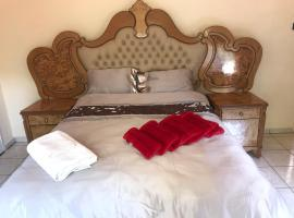 A picture of the hotel: The Hawks BnB @ 52 Court Road Greendale
