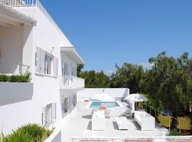 Hotel fotografie: Sant Rafel Villa Sleeps 12 Pool Air Con WiFi