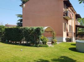 A picture of the hotel: Casa Perlar Verona