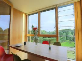 Hotel kuvat: Large Sea View Apartment in the south Dublin