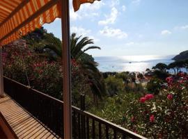 होटल की एक तस्वीर: Appartamento Montecristo