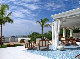 Hotel photo: Marina di Casal Velino Villa Sleeps 10 Air Con WiFi