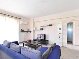 Foto di Hotel: Brand new family apartment with Acropolis view, sleeps 5