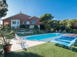 Hotel photo: Sant Vicenc de Montalt Villa Sleeps 10 Pool WiFi