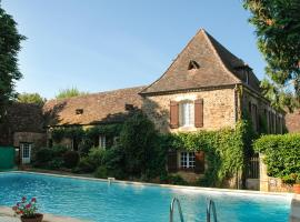 Hotel photo: Urval Villa Sleeps 6 Pool WiFi