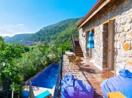 Photo de l'hôtel: Kinali Villa Sleeps 6 Pool Air Con WiFi