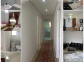Hotel photo: deluxe apartment SureFing