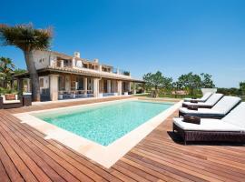 Hotel kuvat: Moscari Villa Sleeps 10 Pool WiFi