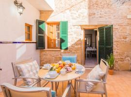 Фотографія готелю: Alcudia Villa Sleeps 6 Air Con WiFi