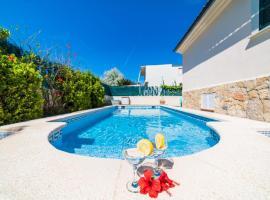 Фотографія готелю: Port d'Alcudia Villa Sleeps 6 Pool Air Con WiFi
