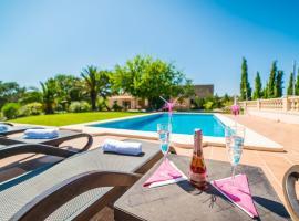 Hotel photo: Maria de la Salut Villa Sleeps 6 Pool WiFi