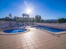 Hotel photo: Ifac Apartment Sleeps 6 Pool Air Con WiFi