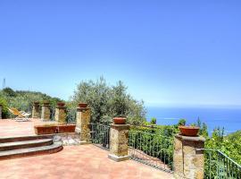 Hình ảnh khách sạn: Sant'Agata sui Due Golfi Villa Sleeps 12 Air Con