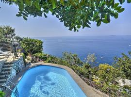 Hotel photo: Arienzo Villa Sleeps 6 Pool Air Con WiFi