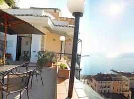 Hình ảnh khách sạn: Minori Villa Sleeps 6 Air Con WiFi
