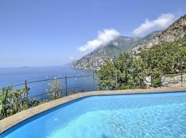Hotel photo: Positano Villa Sleeps 12 Pool Air Con WiFi