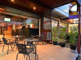 Hotel photo: T N hostel bar & coffe