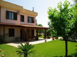 Hotel photo: Castellana Grotte Villa Sleeps 4 Pool Air Con WiFi