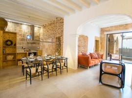 Hotel photo: Vila Roja, design townhouse in Alcúdia
