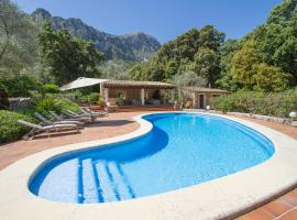صور الفندق: Lluc Villa Sleeps 8 Pool Air Con WiFi