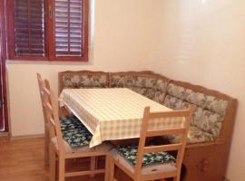 מלון צילום: apartments anic - two-bedroom apartment with balcony