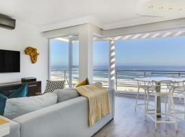 Hotel photo: Camps Bay Apartment Sleeps 4 Air Con