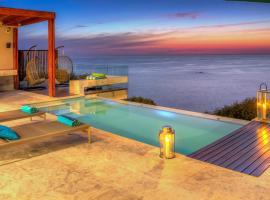 Hotel photo: Bantry Bay Villa Sleeps 10 Pool Air Con WiFi
