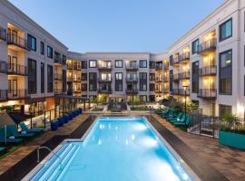 Fotos de Hotel: Global Luxury Suites in Campbell