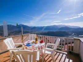 A picture of the hotel: Cademario Apartment Sleeps 5