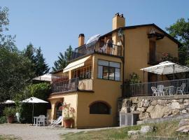 Hotel photo: San Donato in Collina Apartment Sleeps 5 Pool