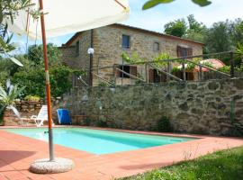 Hotel photo: Camucia-Monsigliolo Villa Sleeps 5 Pool WiFi