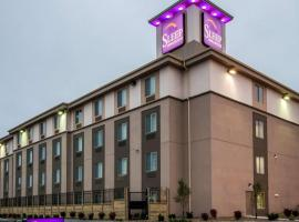 A picture of the hotel: Sleep Inn & Suites And Conference Center Downtown