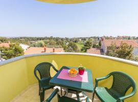 Hotel photo: Premantura Apartment Sleeps 6 Air Con