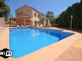 Hotel photo: Casas de Torrat Villa Sleeps 11 Pool Air Con WiFi