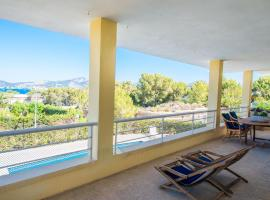Fotos de Hotel: Santa Ponsa Villa Sleeps 4 Pool Air Con WiFi