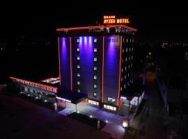 Фотография гостиницы: Grand Ayzek Hotel