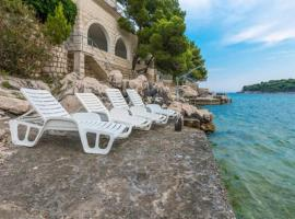 A picture of the hotel: villa gverovic-standard one bedroom apartment