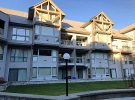 Hotel photo: Whistler Spearhead Home