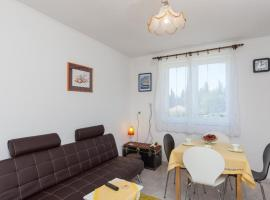 Hotel kuvat: apartment laurel leaf - three bedroom apartment with terrace