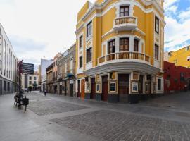 Hotel near 拉斯帕尔马斯