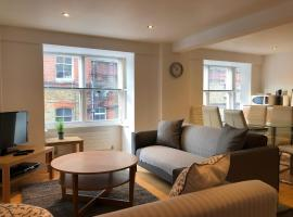 Hotel photo: Trafalgar House Apartment Two