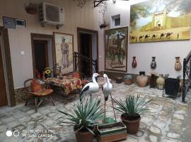 Hotel photo: Gulnarakhanum Guesthouse