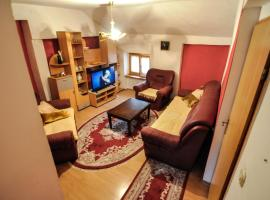 A picture of the hotel: S.T Apartman