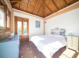 A picture of the hotel: Casa La Golondrina - Sacromonte
