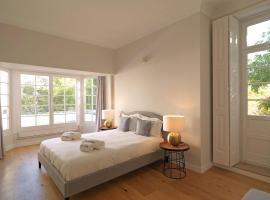 Hotel photo: 467 flh seaside luxury house in porto