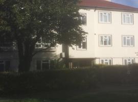 酒店照片: 19 Goodson House Green Lane